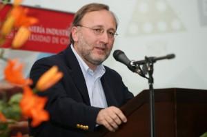 Gonzalo Zegers Gerente de Negocios Paneles Arauco